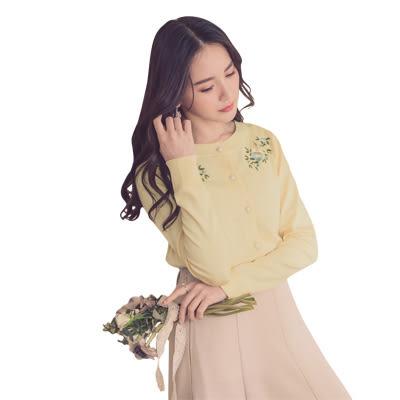 東京著衣【YOCO】優雅姐姐花朵刺繡珍珠釦多色針織外套-S.M.L(180366)