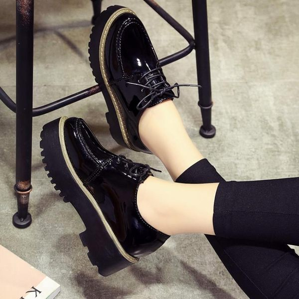 原宿風小皮鞋女學生單鞋春季新款復古英倫風女鞋厚底鬆糕鞋百搭潮 【PINK Q】