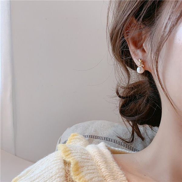 現貨 韓國氣質甜美百搭小香風法式打結珍珠水鑽925銀針耳環 夾式耳環 S93709 批發價 Danica 韓系飾品