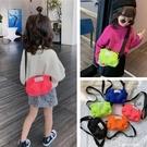 兒童包包學生零錢配飾包可愛休閒面包側背包...