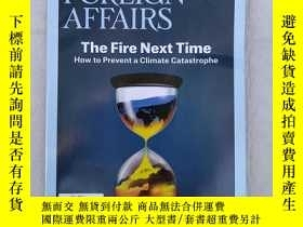 二手書博民逛書店THE罕見COMING UPHEAVAL IN CHINA FOREIGN AFFAIRS MAY JUNE 20