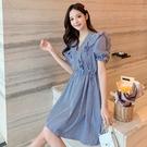 VK精品服飾 韓系小香風收腰V領藍色荷葉肩泡泡袖短袖洋裝