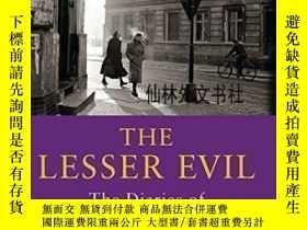二手書博民逛書店【罕見】2004年出版 The Lesser Evil:The Diaries Of Victor Klemper