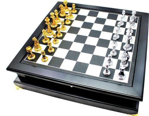 [協貿國際]  大號黑色棋盤配木質國際象棋子(整套價)