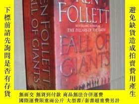 二手書博民逛書店Fall罕見of GiantsY85718 Ken Follett 著 Pan Publishing 出版
