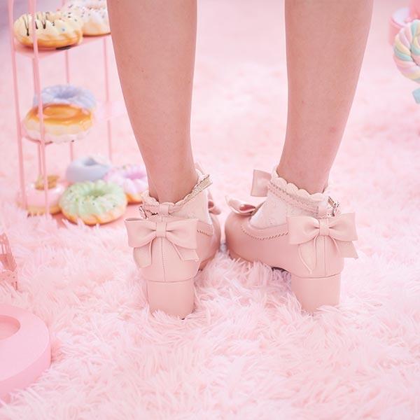鞋子 瑪麗珍珠光蝴蝶結繫踝低跟鞋-Ruby s 露比午茶