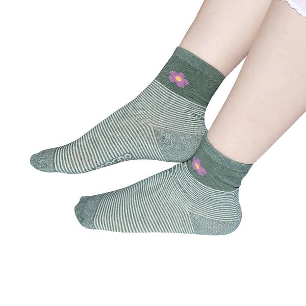 (超值8雙組)(小花條紋M22~24cm)MIT抗菌消臭造型造型短襪/糖果襪/少女襪/文青襪/學生襪-MORINO摩力諾