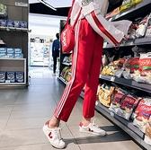 現貨✶快速出貨【C0257】韓國女裝 復古運動風側邊三條紋鬆緊腰運動九分褲  韓妞必備  阿華有事嗎