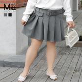 Miss38-(現貨)【A12443】大尺碼短裙 百褶裙 A字裙 西裝短裙 半身裙 裝飾腰帶 後腰鬆緊帶-中大尺碼