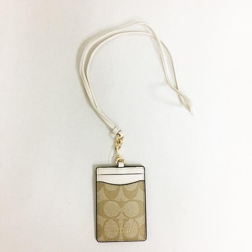 【COACH】經典CC LOGO PVC 防刮皮革證件識別證保護套(白)