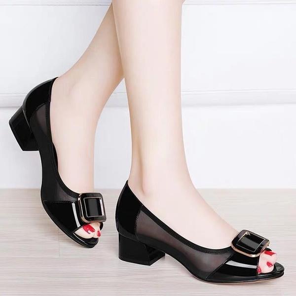 魚口鞋 溫州魚嘴中跟涼鞋女2021夏季新款韓版粗跟百搭方扣網紗鏤空媽媽鞋 晶彩