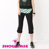 【SHOWCASE】完美剪裁裝飾腰褶休閒百搭七分褲(黑)