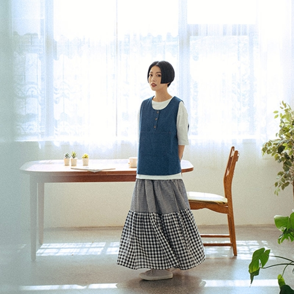Queen Shop【03020798】鬆緊設計大小格紋拼接蛋糕裙*現+預*