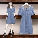 洋裝 牛仔裙 短袖 中大尺碼 L-4XL新款一字領氣質顯瘦牛仔連身裙寬鬆遮肉裙4F119-8816.胖胖唯依