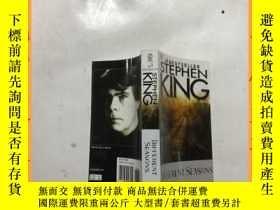二手書博民逛書店英文書罕見#1 BESTSELLER STEPHEN KING DIFFERENT SEASONS #1暢銷書斯蒂