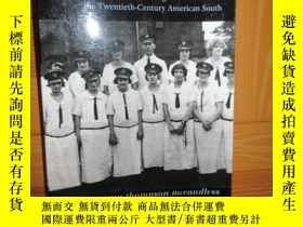 二手書博民逛書店The罕見Past in the Present: Women s Higher (詳見圖)Y255351