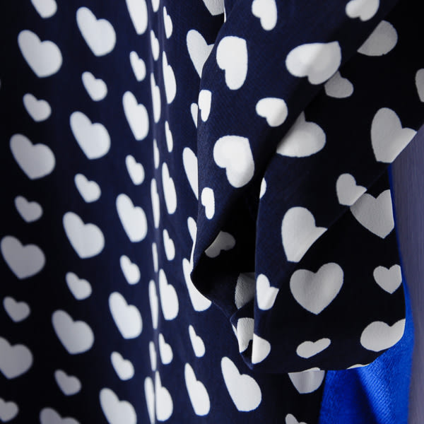 【MASTINA】滿版圖案拼接上衣-愛心藍       春夏特賣★
