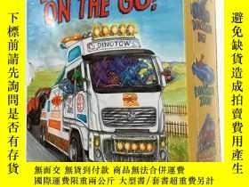 二手書博民逛書店DINOSAURS罕見ON THE GO! 英文原版兒童讀物 套裝 3本 套 未拆封Y23200 Penny
