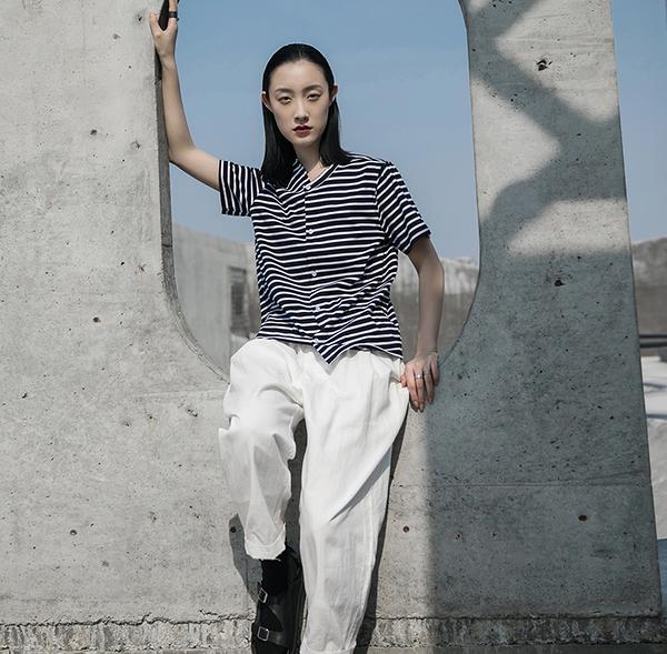 原創設計師款條紋左右不規則韓版短袖T恤/設計家