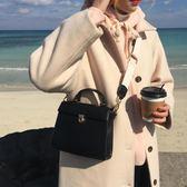 韓國百搭小方包新款單肩包純色氣質休閒手提包斜背包/側背包小包包女包潮 衣櫥秘密