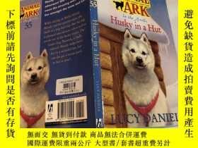 二手書博民逛書店husky罕見in a hut 哈士奇在小屋裏Y200392