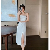 吊帶裙 法式復古修身吊帶連身裙女2021年夏收腰顯瘦側開叉性感氣質長裙子 嬡孕哺 免運