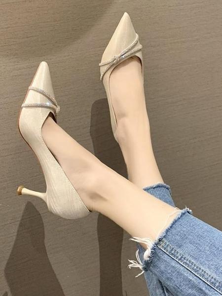 高跟鞋 鞋子女秋季新款時尚水鉆尖頭細跟網紅百搭法式淺口單鞋 - 古梵希