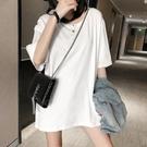 【Charm Beauty】白色t恤 短袖女 ins潮 網紅 情侶裝 夏季 超火 半袖 中長款 港風 chic上衣服