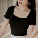 方領上衣 復古方領t恤女短袖夏季純黑色法式露鎖骨打底衫顯瘦港風上衣-Ballet朵朵