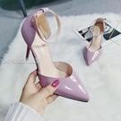 大碼高跟鞋夏秋新款風包頭涼鞋女漆皮尖頭細跟中空單鞋大碼43444524日 快速出貨