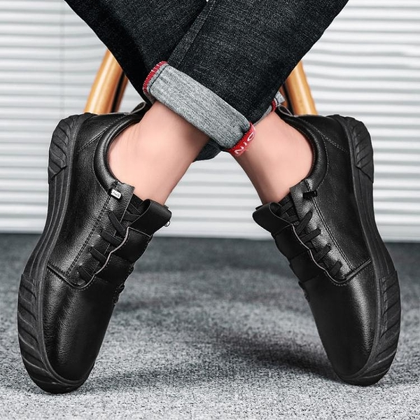 快速出貨 男鞋季黑鞋休閒潮流百搭小皮鞋社會精神小伙潮鞋黑色板鞋冬鞋