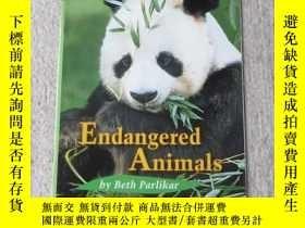 二手書博民逛書店Endangered罕見Animals(Science )Y21