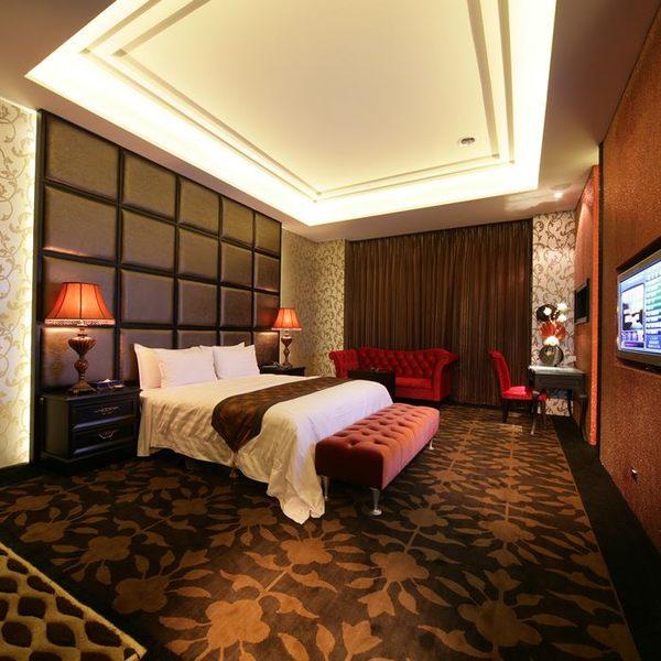 【台中】杜拜風情時尚旅館-經典時尚套房住宿券