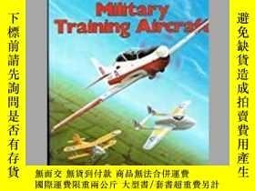 二手書博民逛書店History罕見of British Military Training Aircraft (damaged)-