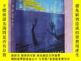 二手書博民逛書店英文原版簽名本罕見NEON PANIC (a novel of