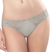 思薇爾-花舞系列M-XL蕾絲低腰三角內褲(塵灰色)