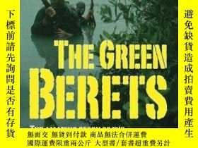 二手書博民逛書店The罕見Green BeretsY255562 Moore, Robin Sterling Pub Co I