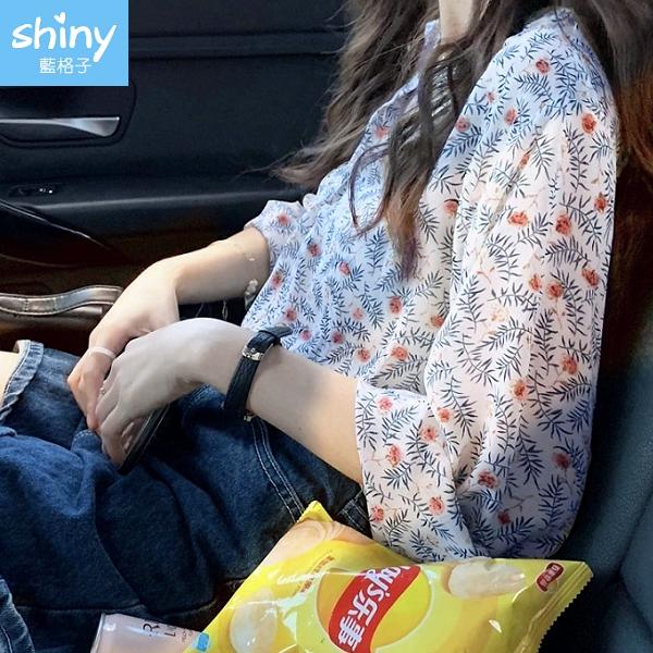 【V9321】shiny藍格子-秋心手札.小清新碎花小V領寬鬆縮口袖襯衫