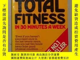 二手書博民逛書店Total罕見Fitness in 30 Minutes a W