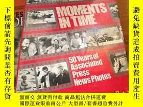 二手書博民逛書店《MOMENTS罕見IN TIME 50 Year of Ass