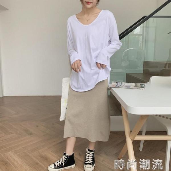 初秋新款韓版百搭下擺開叉寬鬆V領白色長袖T恤女打底衫中長款上衣 時尚潮流