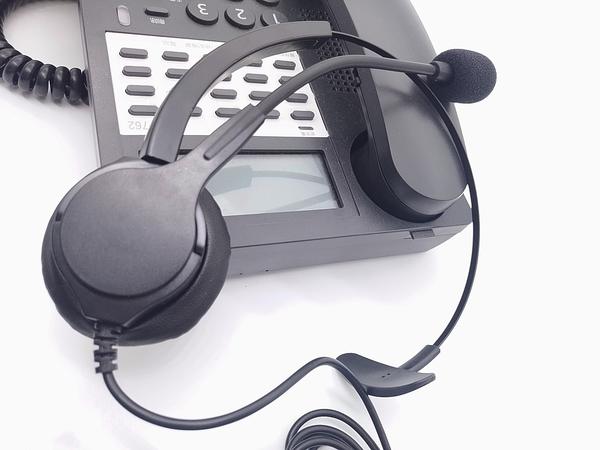 辦公室總機頭戴式電話耳機,通話聲音清晰響亮,當日下單出貨,雙北地區當日快遞到貨