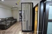 【系統家具】原木色透視感隔間隔柵『客廳』