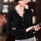 針織開衫 春季新款超細毛衣針織上衣女黑色V領蕾絲修身開衫氣質外套女 快速出貨