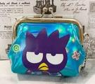 【震撼精品百貨】Bad Badtz-maru_酷企鵝~三麗鷗日本珠扣零錢包-*05160