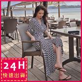 梨卡★現貨 - 復古波西米亞性感渡假沙灘綁帶圖騰印花氣質雪紡開叉連身裙洋裝沙灘裙C6272