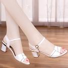 真皮佳人涼鞋女士中跟2021年新款百搭高跟粗跟時裝夏天女鞋