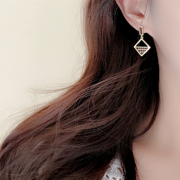 韓國氣質百搭復古金屬感幾何不對稱925銀針垂墜耳環 夾式耳環 S93458 批發價 Danica 韓系飾品