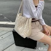 夏天仙女包包2020新款韓版草編蕾絲單肩包手提包大容量水桶購物袋