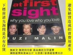 二手書博民逛書店LOVE罕見at first sightY9212